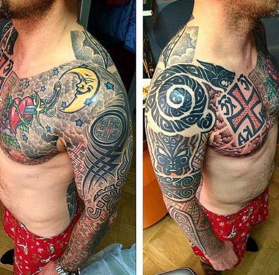 Славянский стиль татуировки на груди и руке