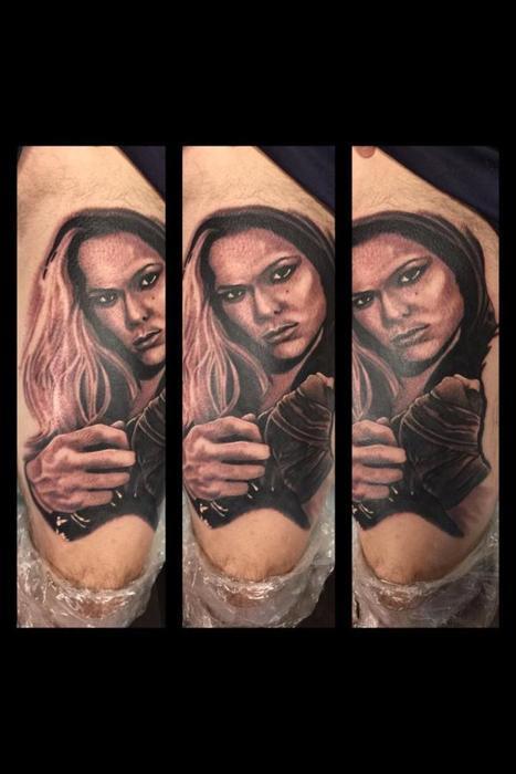 Ронда Роузи татуировка