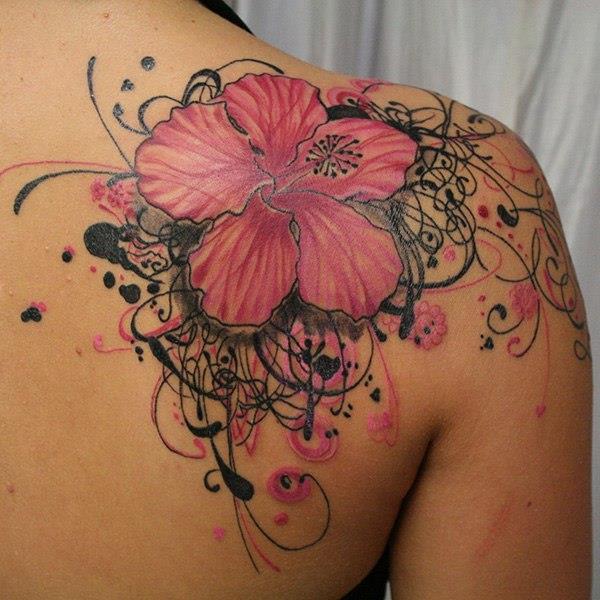 Татуировка цветов у девушек