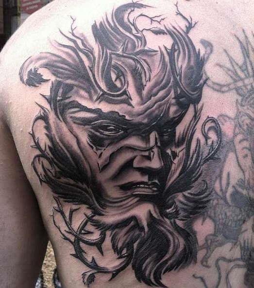 Лицо - художественная татуировка