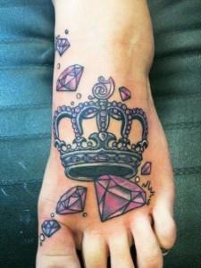 на ноге корона (1)