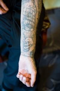 Тюремные татуировки (значение, эскизы, фото)