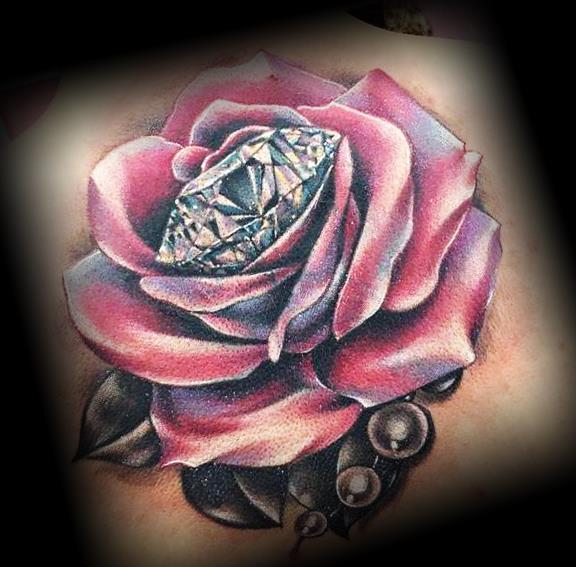 Алмаз в розе