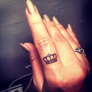 корона на руке (6)