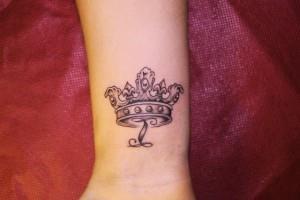 корона на руке (4)