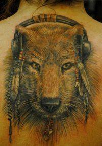 Эскиз татуировки Волк на всю спину