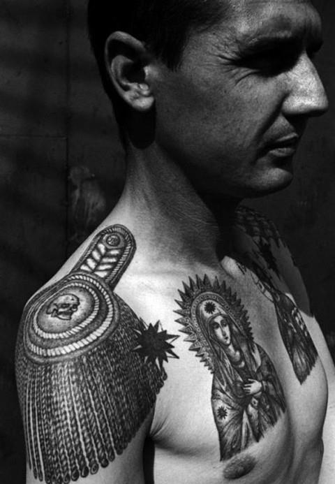 Татуировки воров в законе