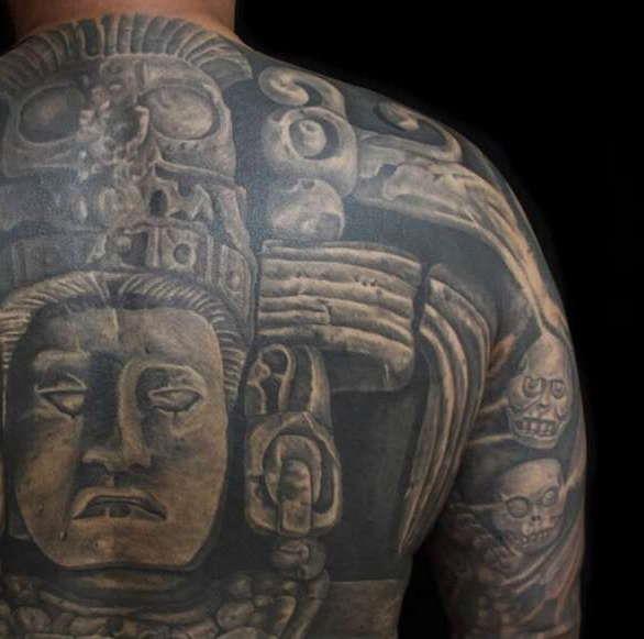 Татуировка майя во всю спину