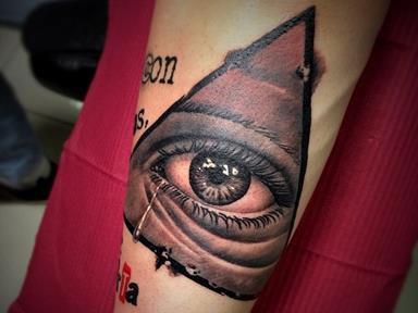 татуировка слеза значение фото