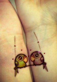 Эскиз цветного тату для влюбленных на запястье