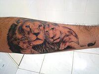 тату лев на руке (5)