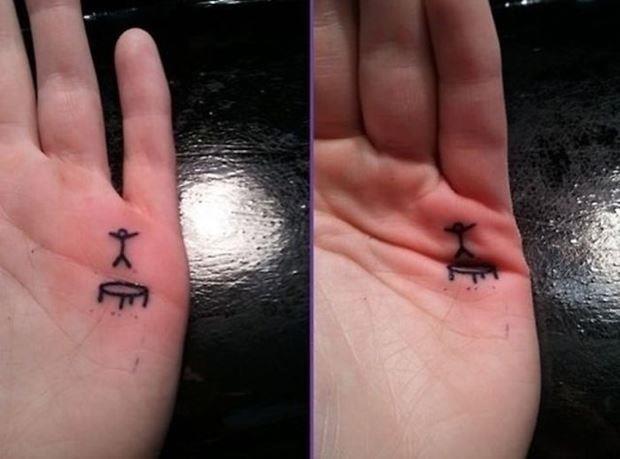 Татуировка на лодошке