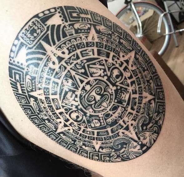 Полноценный рисунок тату майя