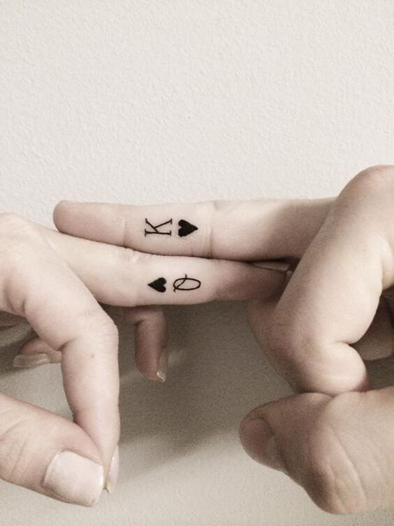 Finger-couple-tattoos