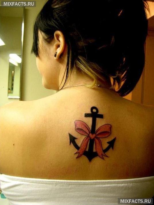 татуировка якоря для девушек