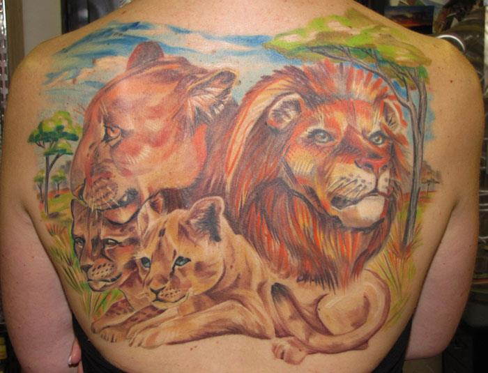 lion-family-tattoo-picture-on-back-body