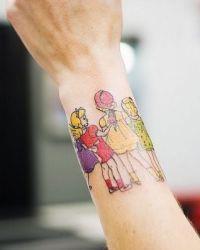 Татуировки на запястье для девушек