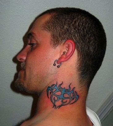 мужские татуировки на шею