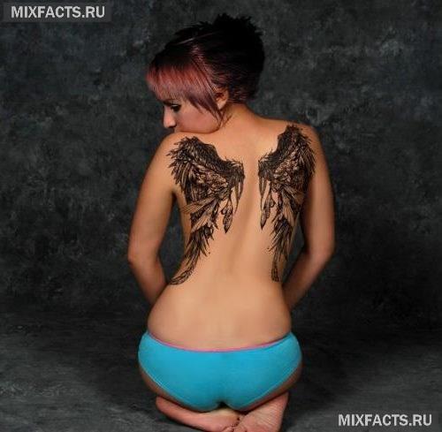 женские татуировки на спине
