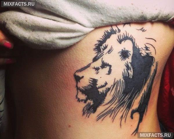 женские татуировки на ребрах