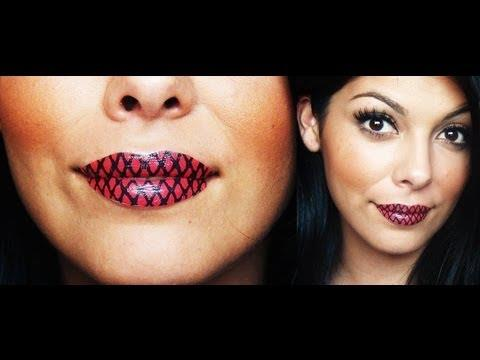 Временные татуировки на губах