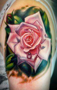 Татуировка розовая роза на предплечье